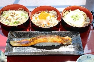 穴子寿司と割子そば2.JPG