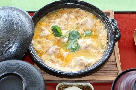甲州地鶏の親子煮.JPG