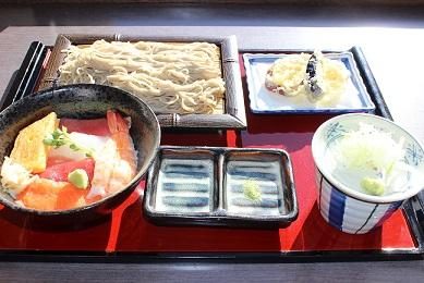 ミニちらしと蕎麦のセット.JPG