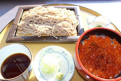 いくら丼&そば3.JPG